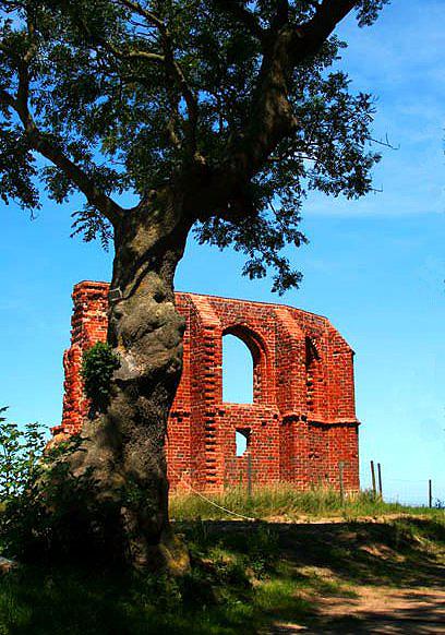 Trzęsacz ruiny kościoła